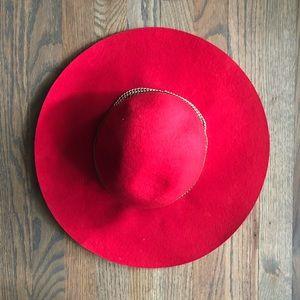 Red wool floppy hat